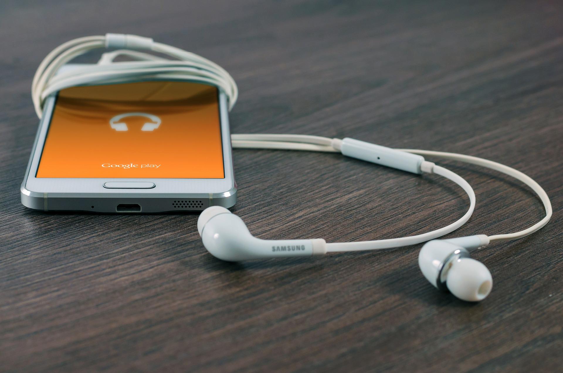 polecane słuchawki douszne